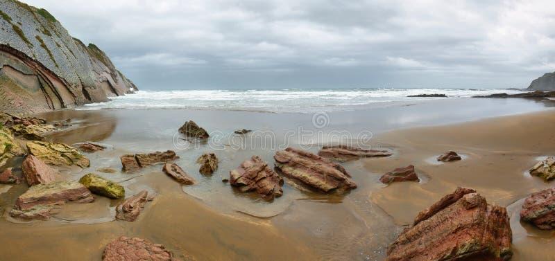 Costa do Flysch em Zumaia, país Basque, Espanha fotos de stock