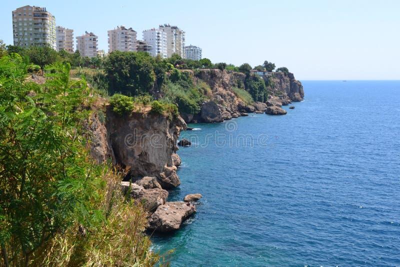 Costa do mar e do Antalia imagem de stock