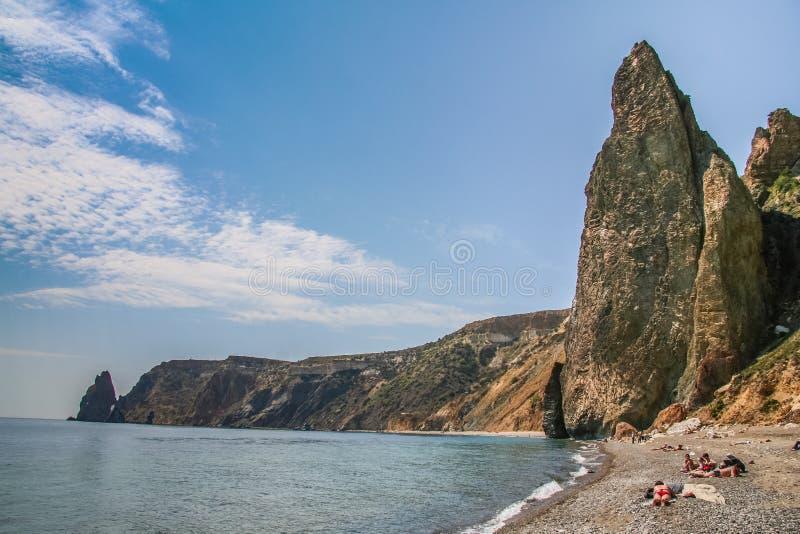 A costa do Mar Negro perto do cabo Fiolent foto de stock
