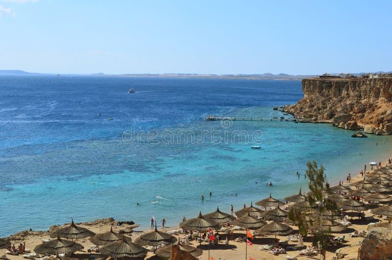 Costa do Mar Vermelho (praia) em Sharm El Sheikh foto de stock royalty free