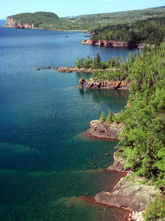 Download Costa do superior de lago imagem de stock. Imagem de fora - 10064931