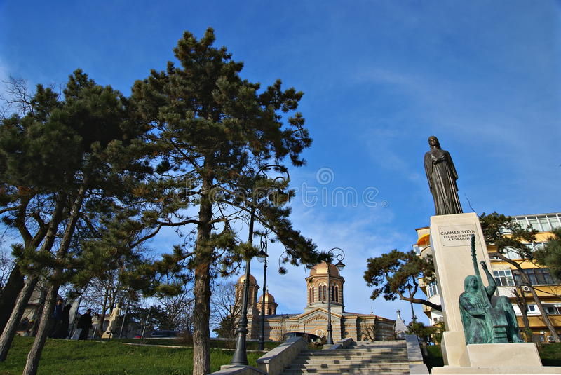 Costa en el Mar Negro en la ciudad de Constanta, Rumania fotos de archivo