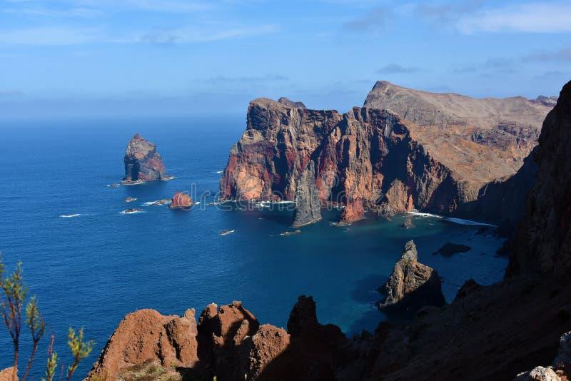 Costa Est dell'isola del Madera, Ponta de Sao Lourenzo immagini stock
