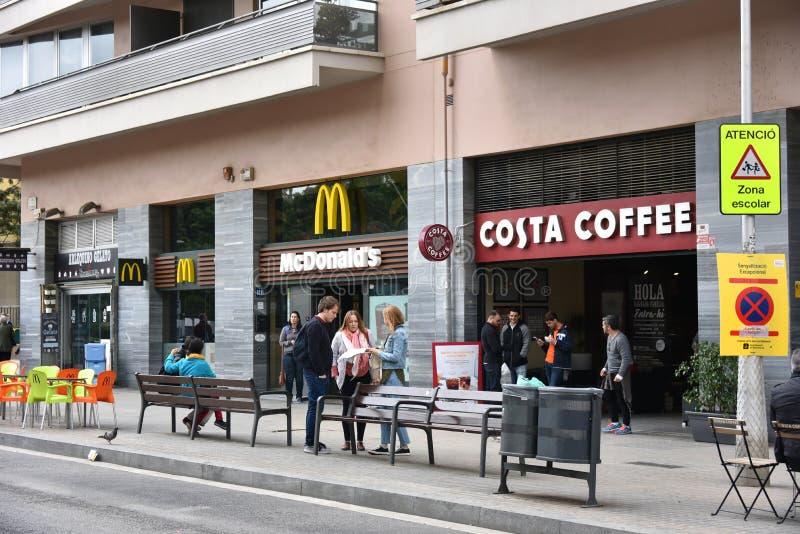 Costa McDonalds w Barcelona i kawa obrazy royalty free