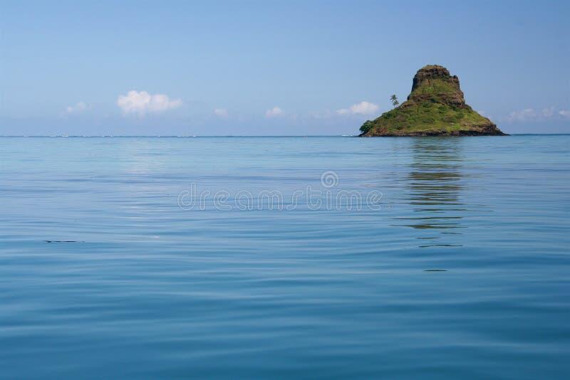 Costa norte Oahu do chapéu do Chinaman imagem de stock