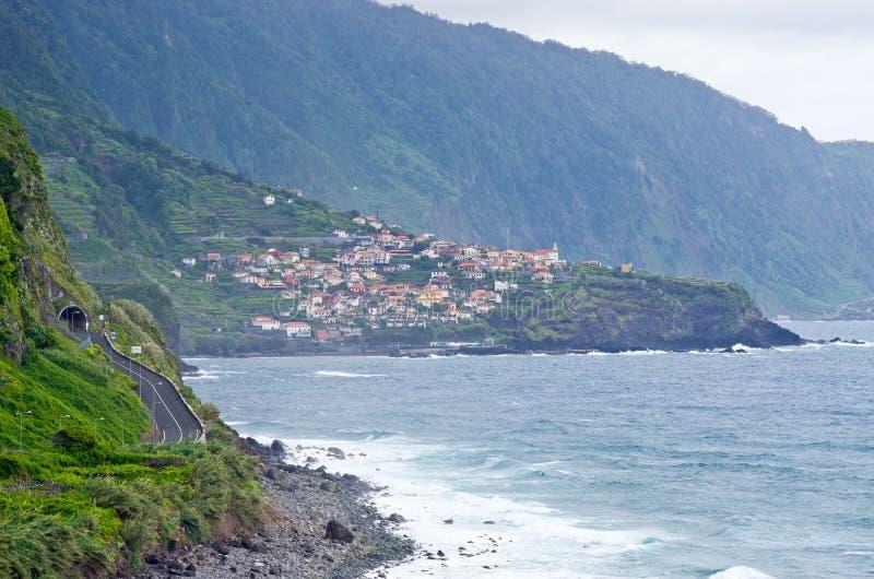 Costa perto de Seixal, Madeira, Portugal fotos de stock royalty free