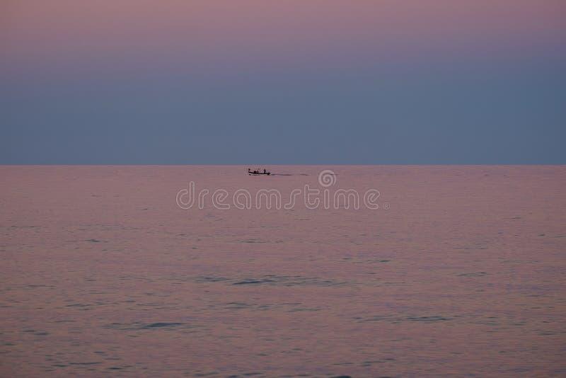 Costa rey, Sardinige, Italië, Europa, zonsondergang op het overzees royalty-vrije stock afbeelding