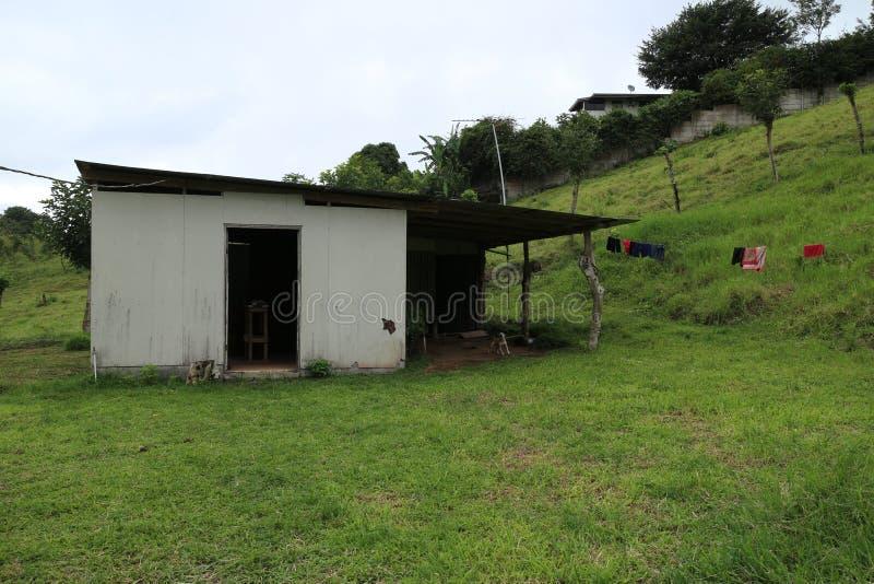 Costa Rica Shack op een landbouwbedrijf royalty-vrije stock foto