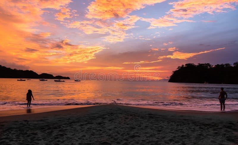 Costa Rica solnedgång arkivfoton
