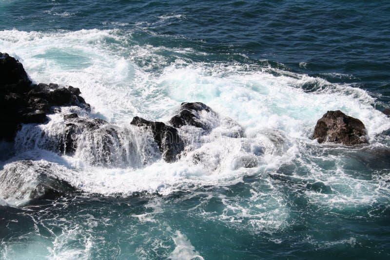 Costa rochosa de Havaí imagem de stock royalty free