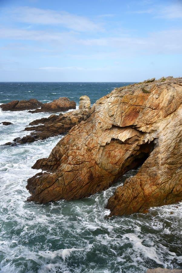 Costa selvagem de Quiberon em brittany france foto de stock