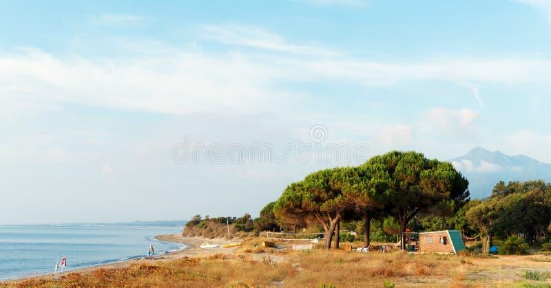 Costa verde kust in Corsica royalty-vrije stock fotografie