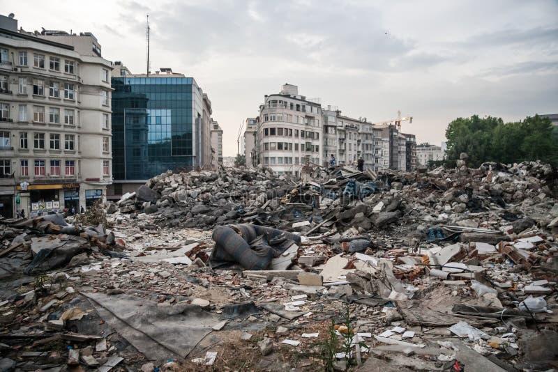 COSTANTINOPOLI, TURCHIA - 5 GIUGNO 2013: Stuation del parco di Gezi e Taksim quadrano dopo le prime proteste fotografia stock
