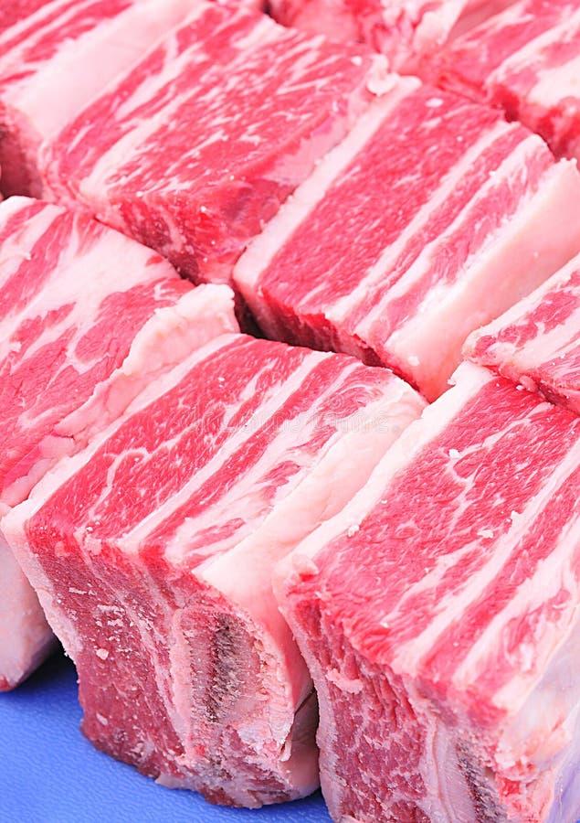 Costillas cortas de la carne de vaca imágenes de archivo libres de regalías
