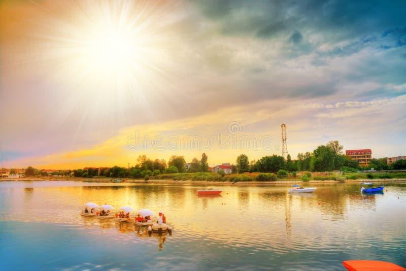 Costinestidorp bij zonsondergang, Roemenië stock foto