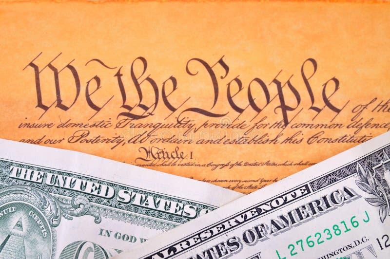 Costituzione e dollaro degli Stati Uniti fotografia stock