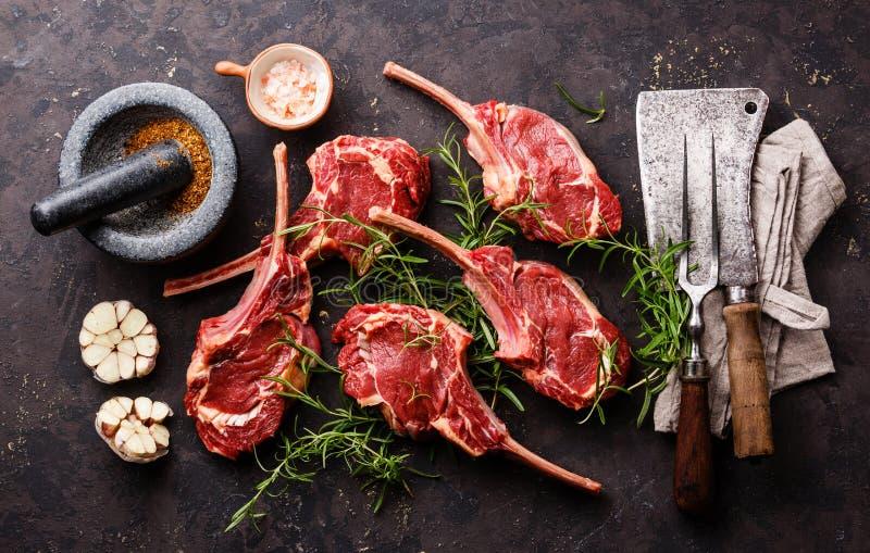 Costole crude del vitello della carne fresca immagini stock libere da diritti
