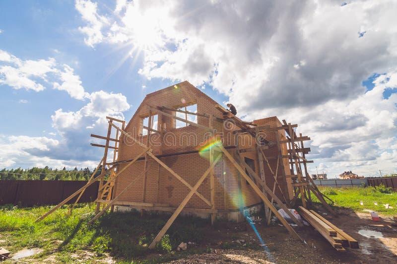 Costruendo un nuovo possieda a casa fotografia stock libera da diritti
