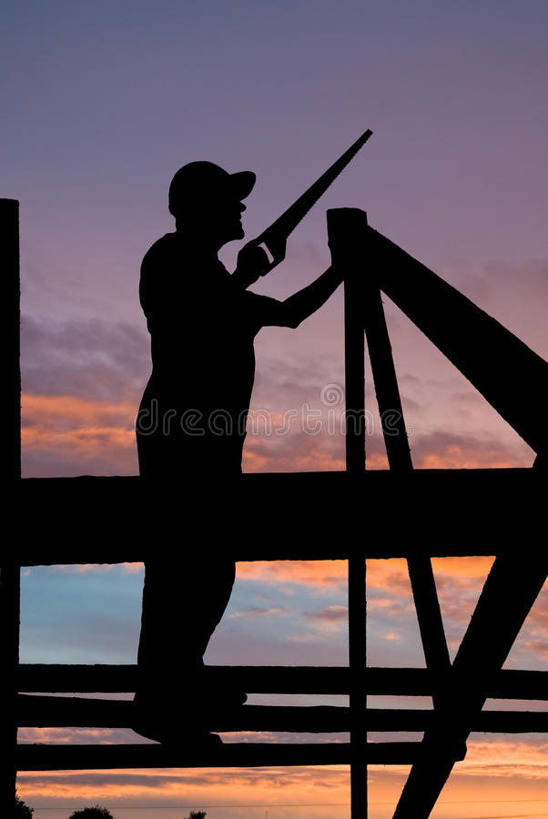 Costruttore agli impianti del tetto immagini stock libere da diritti