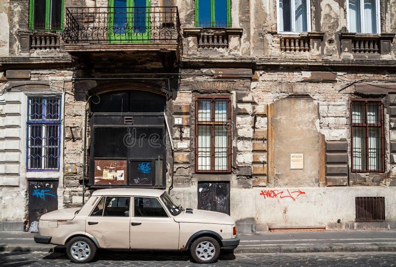 Costruzione bandoned automobile di Lada fotografia stock libera da diritti