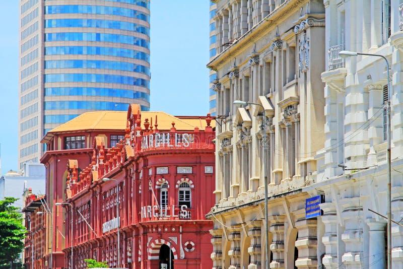Costruzione coloniale e World Trade Center, Sri Lanka Colombo fotografie stock libere da diritti