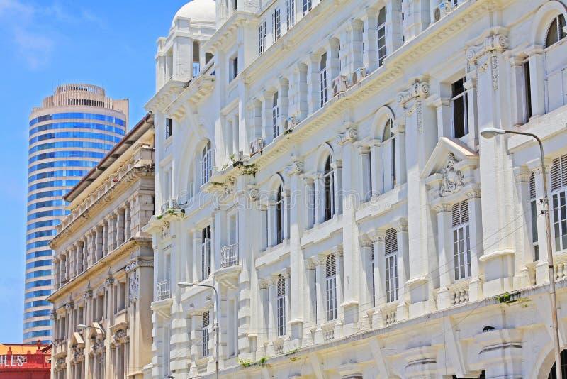 Costruzione coloniale e World Trade Center, Sri Lanka Colombo fotografia stock