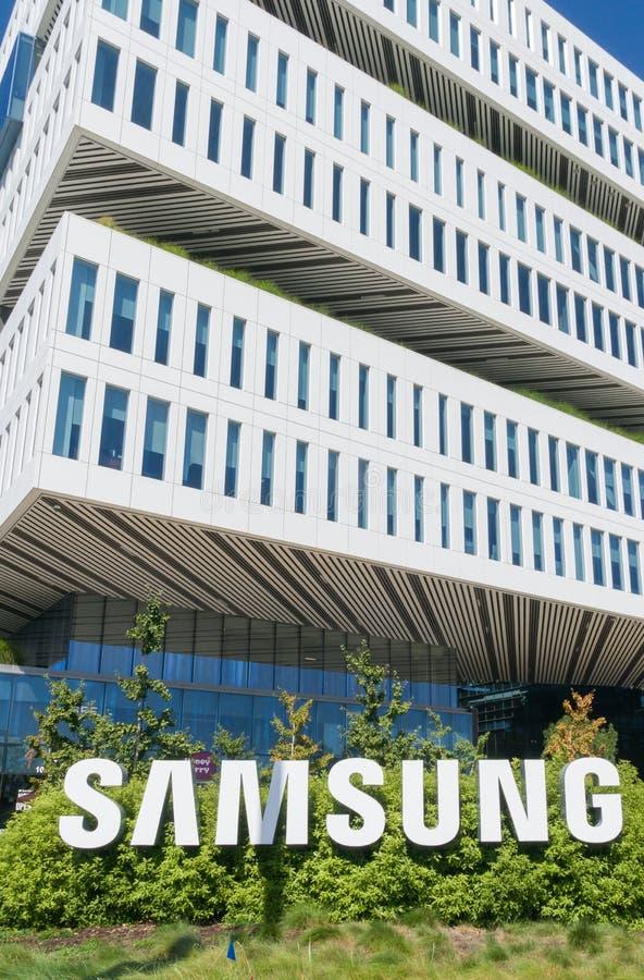 Costruzione corporativa e logo di Samsung fotografia stock