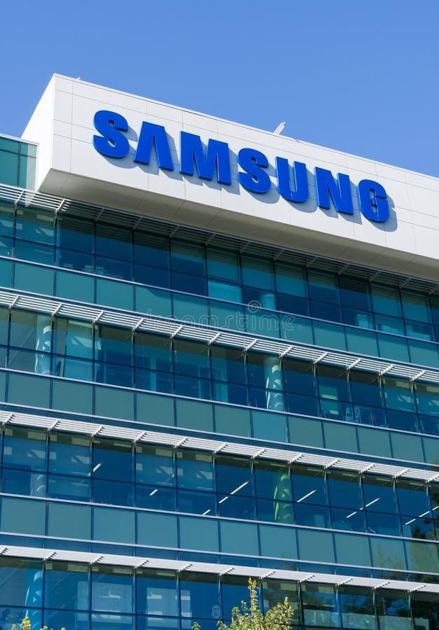 Costruzione corporativa e logo di Samsung immagine stock libera da diritti