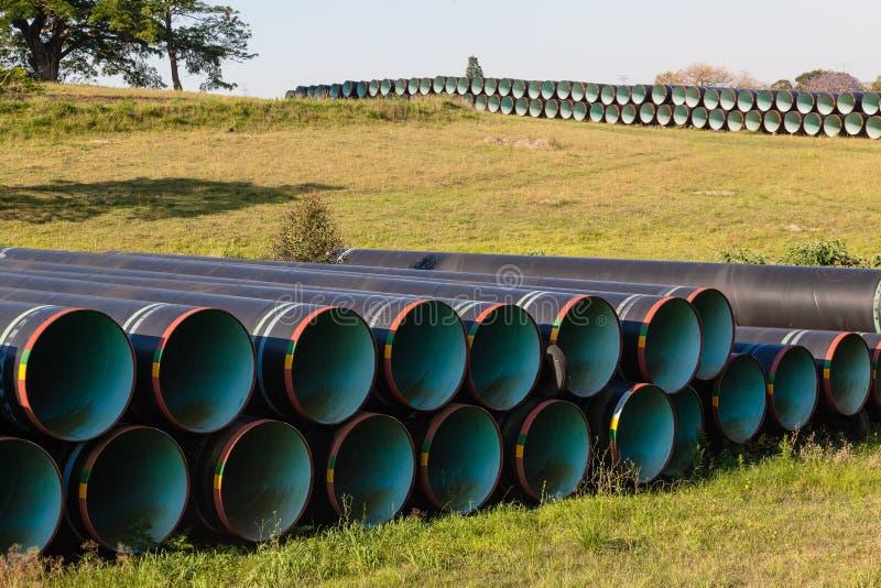 Costruzione d'acciaio dei tubi di acqua fotografie stock