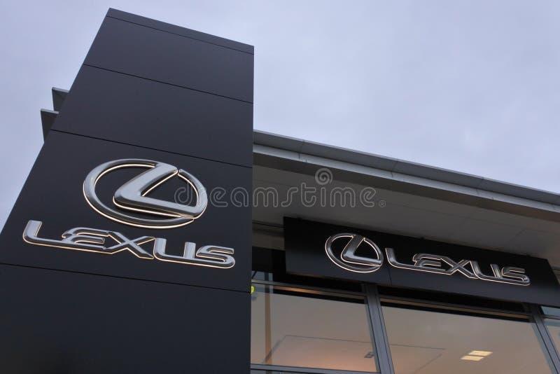 Costruzione del amd del segno della sala d'esposizione di gestione commerciale di Lexus immagini stock