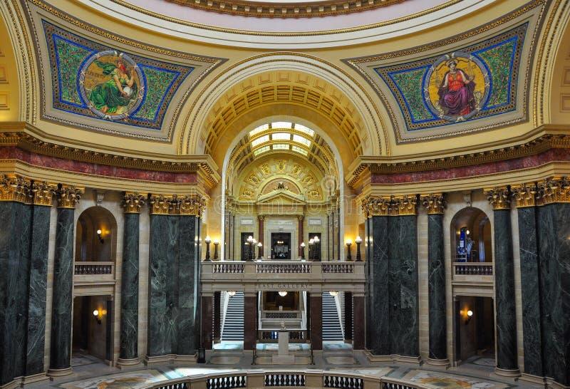 Costruzione del capitale dello Stato di Wisconsin fotografia stock libera da diritti