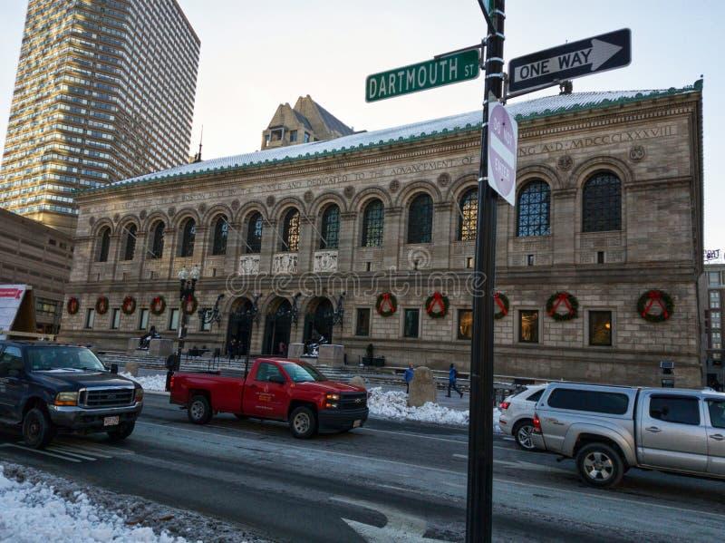 Costruzione del fondamento della biblioteca pubblica di Boston nell'inverno fotografie stock libere da diritti