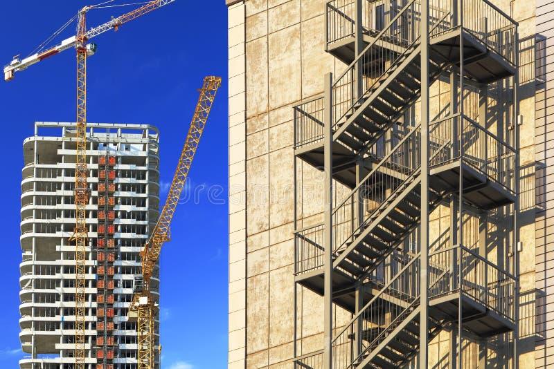 Costruzione del grattacielo fotografia stock