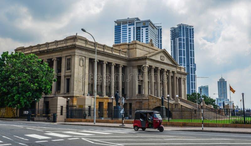 Costruzione del Parlamento anziano nello Sri Lanka fotografie stock libere da diritti