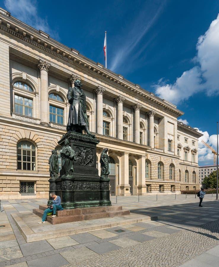 Costruzione del Parlamento dello stato in Berlin Germany fotografia stock libera da diritti