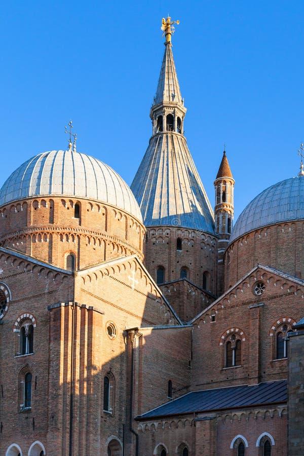 Costruzione della basilica di Sant'Antonio di Padova immagine stock