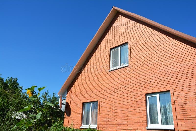 Costruzione della casa con mattoni a vista architettura for Piccoli progetti di casa contemporanea