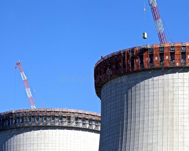 Costruzione della centrale nucleare fotografie stock libere da diritti
