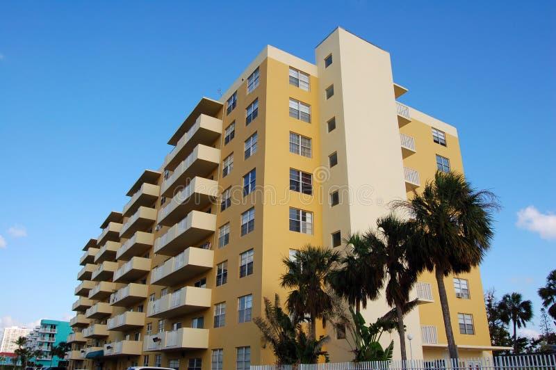 Costruzione di appartamenti fotografia stock libera da diritti