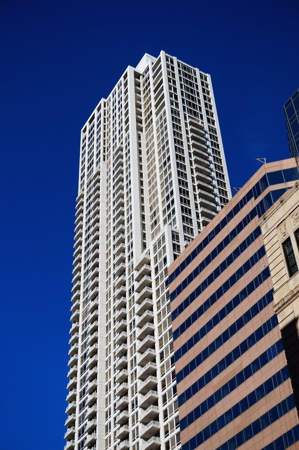 Costruzione di appartamento del grattacielo, Chicago, U.S.A. immagine stock libera da diritti
