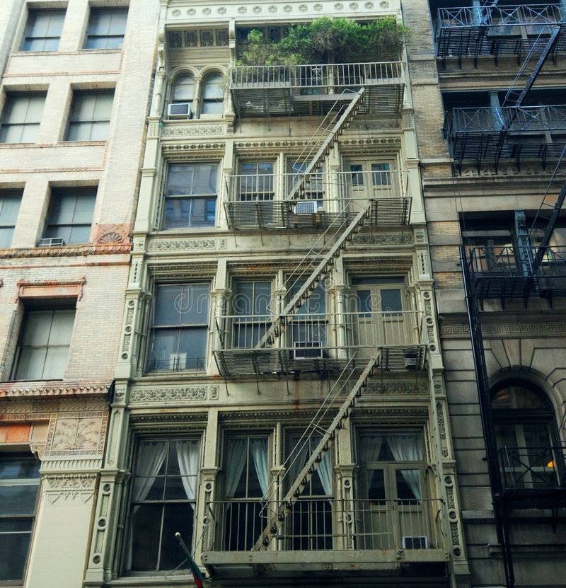Costruzione di appartamento di New York fotografia stock libera da diritti
