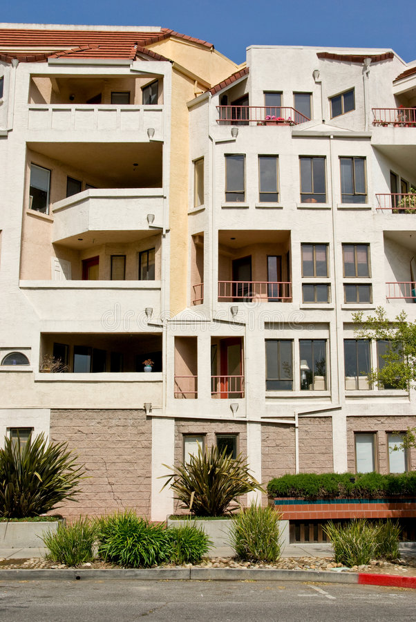 Costruzione di appartamento moderna fotografia stock