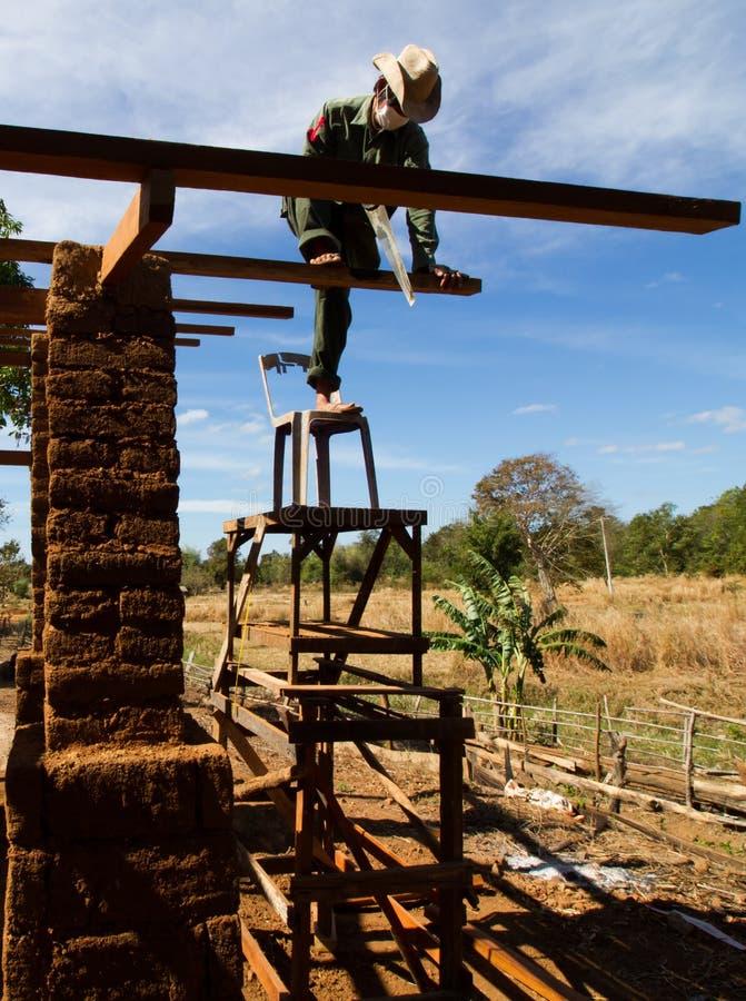 Costruzione di casa di terra fotografia stock