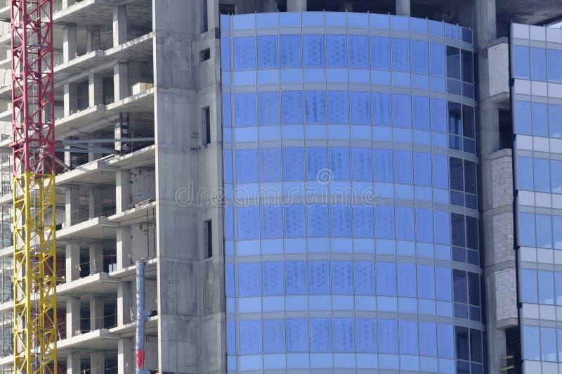 Costruzione di edificio di vetro moderno fotografia stock libera da diritti