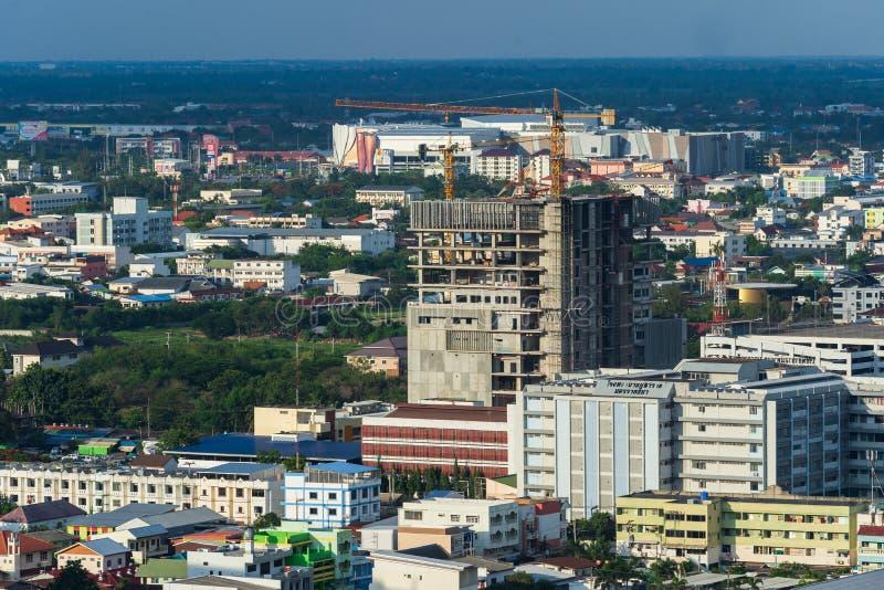 Costruzione di edificio nella città di Nakhon Ratchasima o in Korat, Tha immagine stock libera da diritti