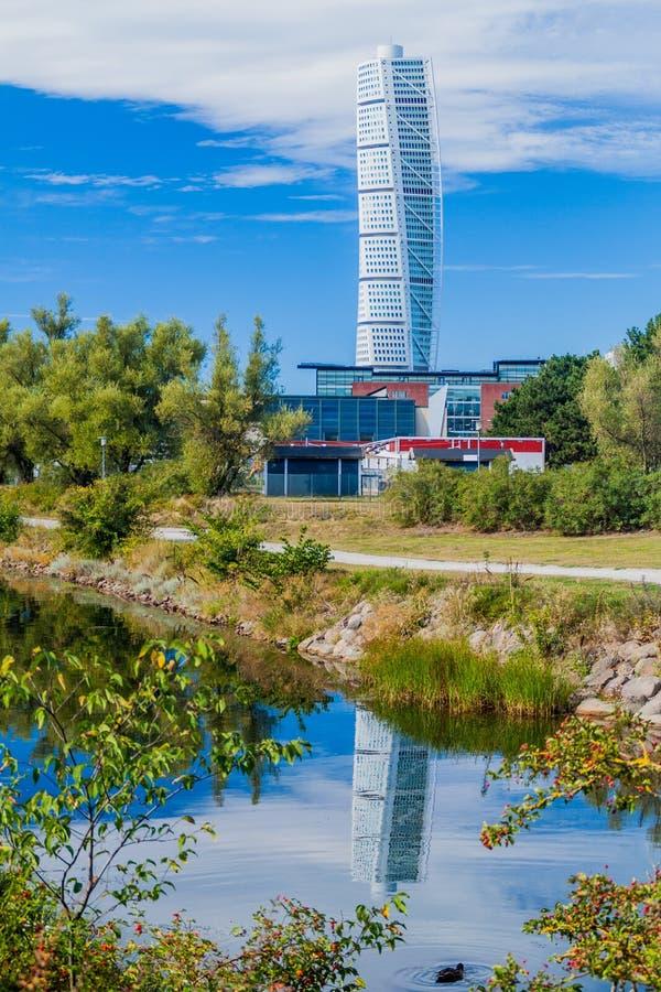 Costruzione di giro del torso a Malmo, Swed immagini stock libere da diritti
