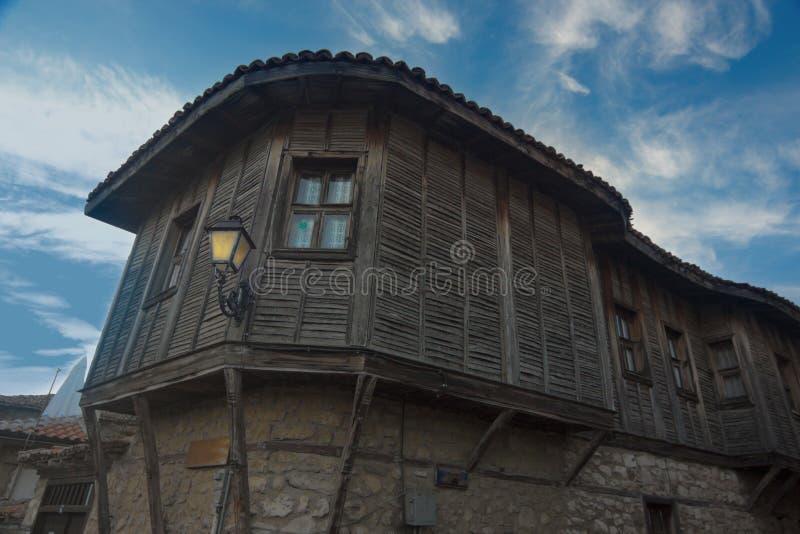 Costruzione di legno storica a Nesebar, Bulgaria, Europa fotografia stock