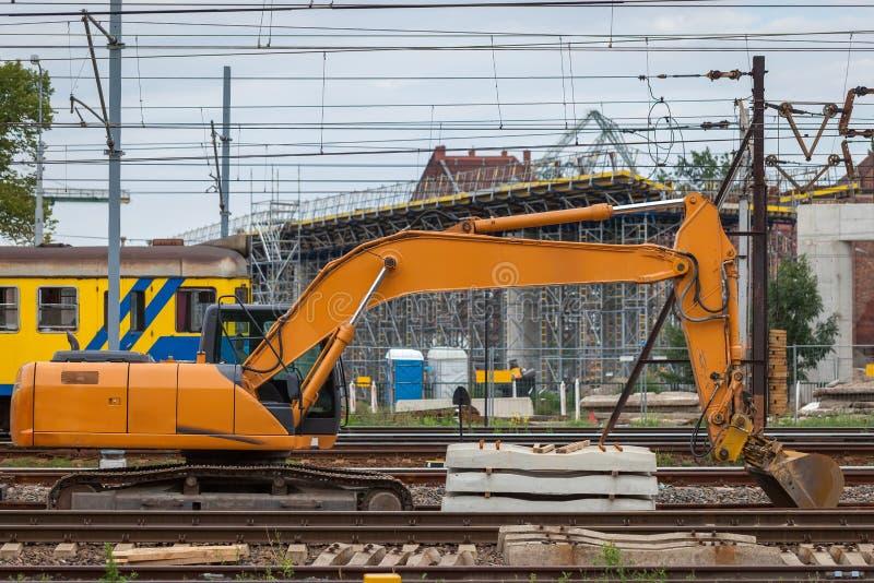 Costruzione di nuova linea ferroviaria e del viadotto più fotografia stock
