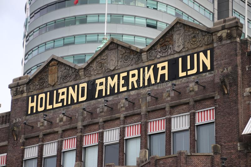 Costruzione di precedente terminale della nave del lijn dell'Olanda-Amerika, in cui il lotto della gente ha lasciato i Paesi Bass fotografia stock libera da diritti