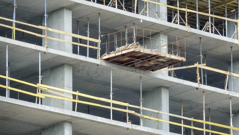 Costruzione di un edificio moderno immagine stock